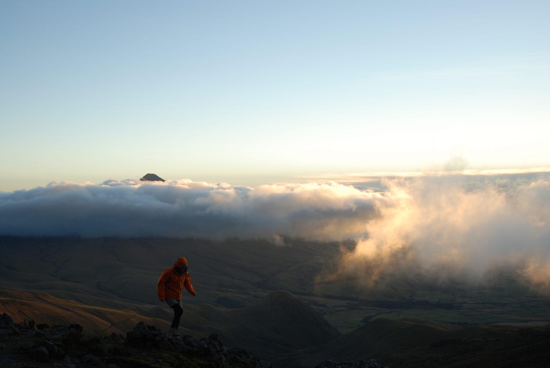 Equateur - Ascension au lever du soleil
