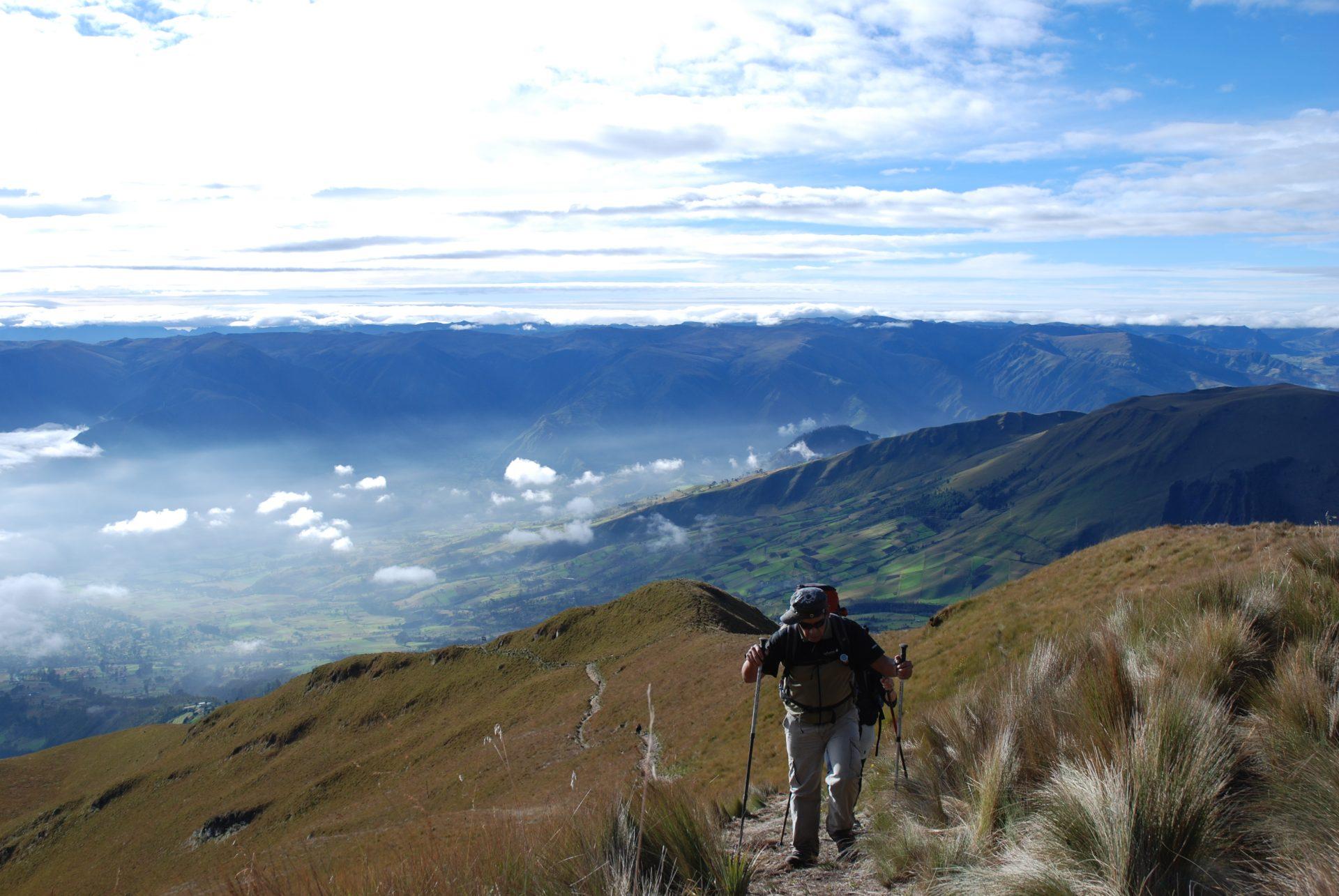 Equateur - L'avenue des volcans