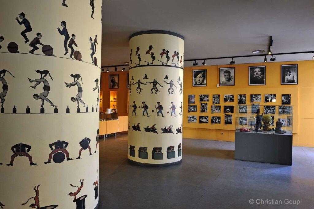 Espagne - Gerone - Lanternes magiques au Musée du cinéma