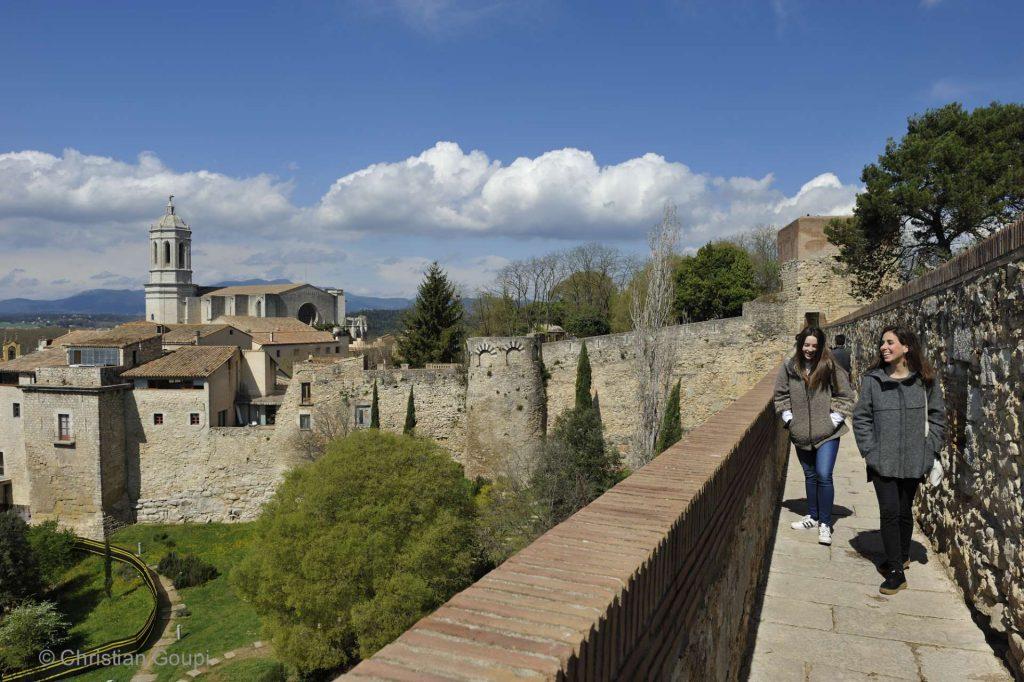 Espagne - Gerone - Jardins secrets au fil des remparts.