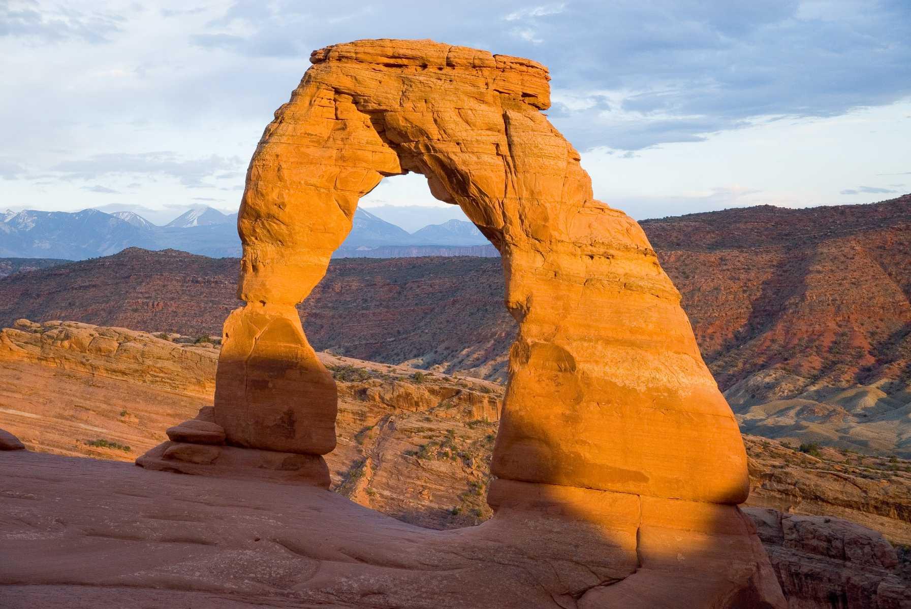 Etats-unis - Parcs de l'Utah - Star de Arches National Park, Delicate Arch orne les plaques d'immatriculation de toutes les voitures en Utah.