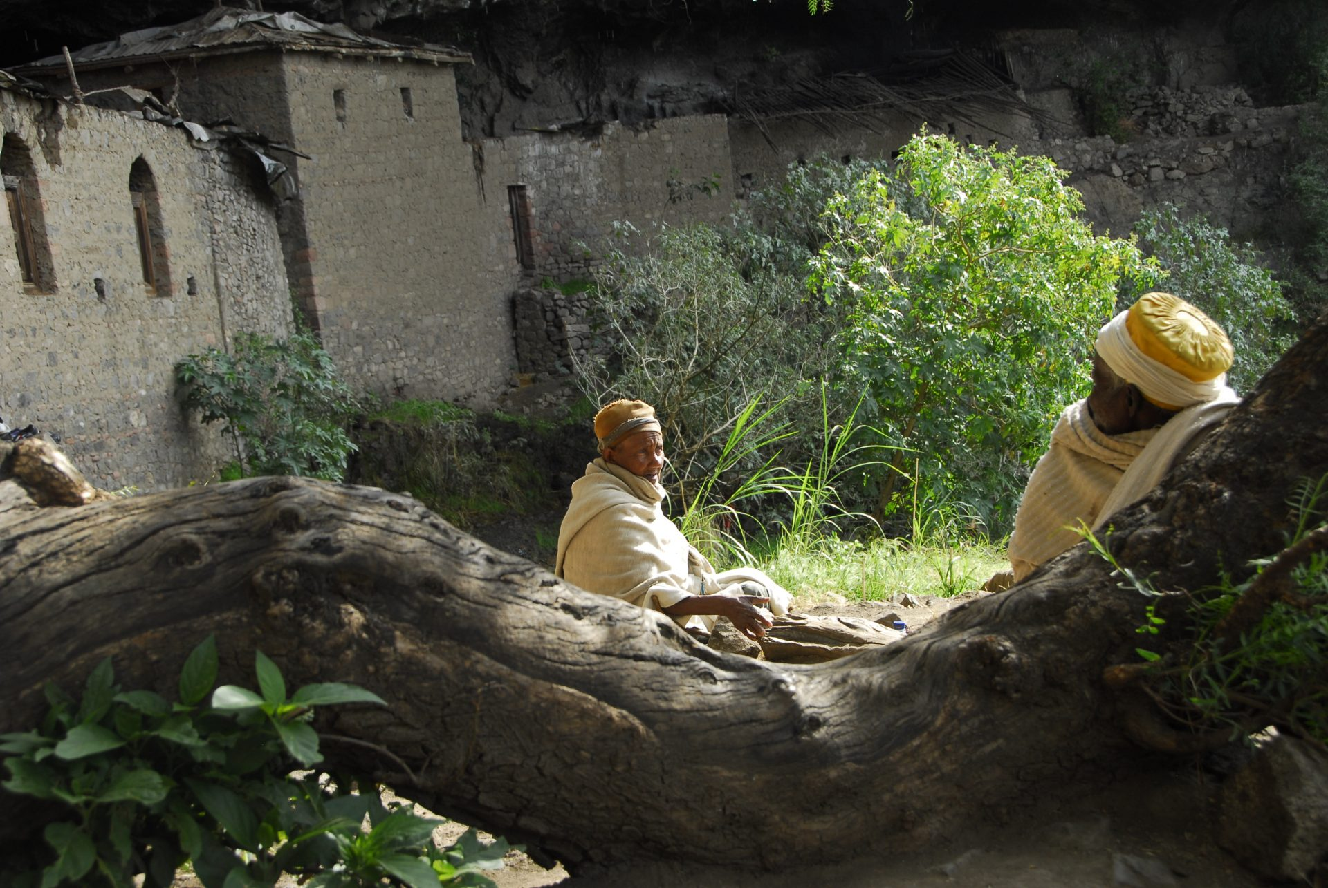 Ethiopie - Lalibela - L'église de Naakuto Lab est construite à l'intérieur d'une caverne, elle aurait été bâtie par le dernier roi zagoué dont elle porte le nom.