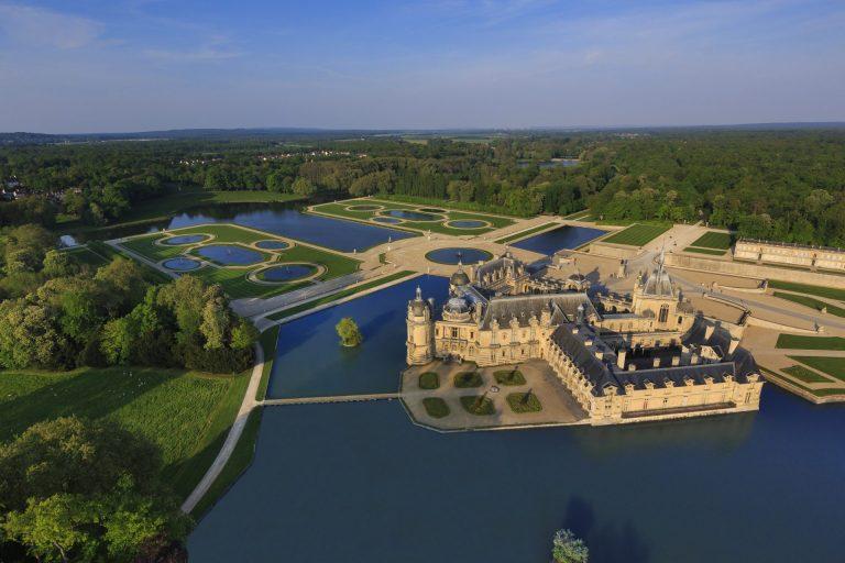 France - Château de Chantilly - Vue aérienne - Ouverture