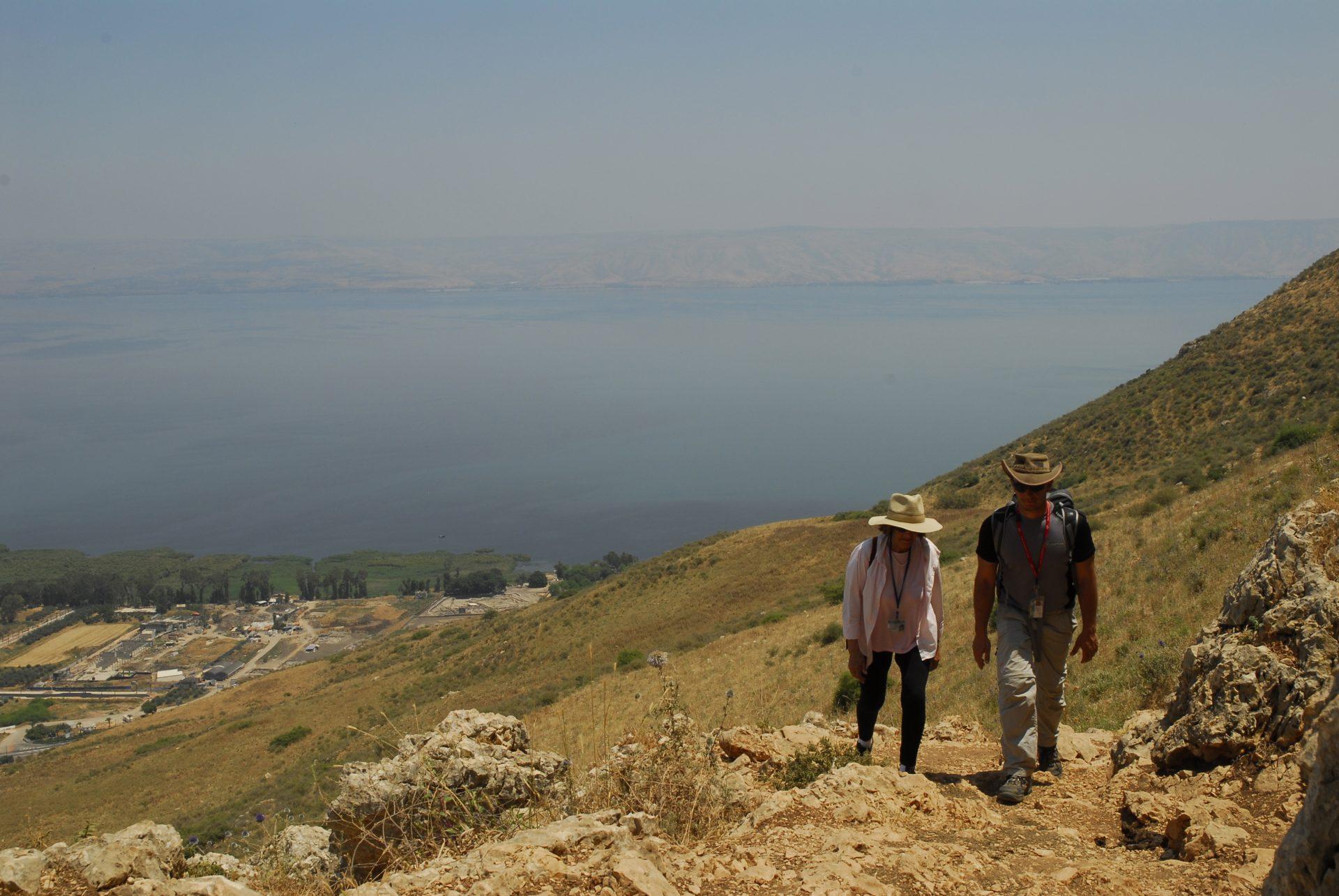 Israel - Galilée - Depuis les hauteurs du mont Arbel, la vue sur le lac de Tibériade est unique, mais il faut un peu grimper pour les atteindre.