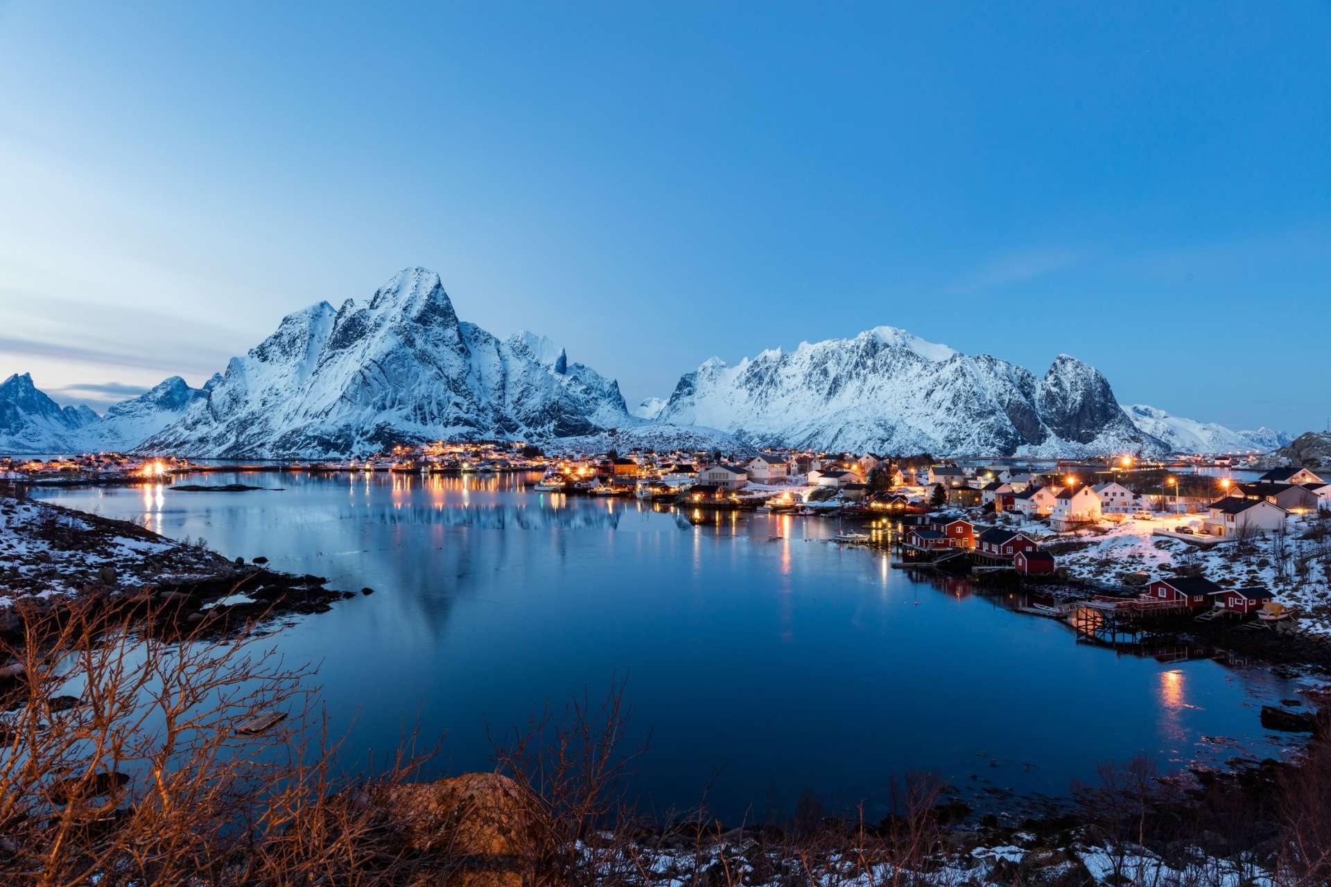 Norvège - Iles Lofoten - Port Reine - Longue journée hivernale