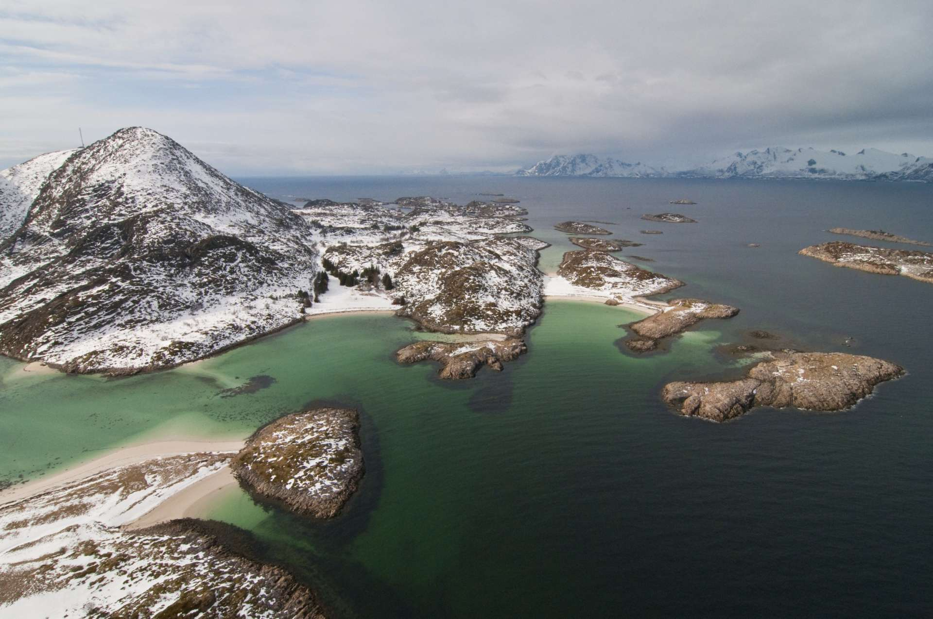 Norvège - Iles Lofoten - Iles Lofoten - Vue Aerienne
