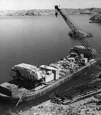 Nubie - Temples reconstruction et transport par bateau