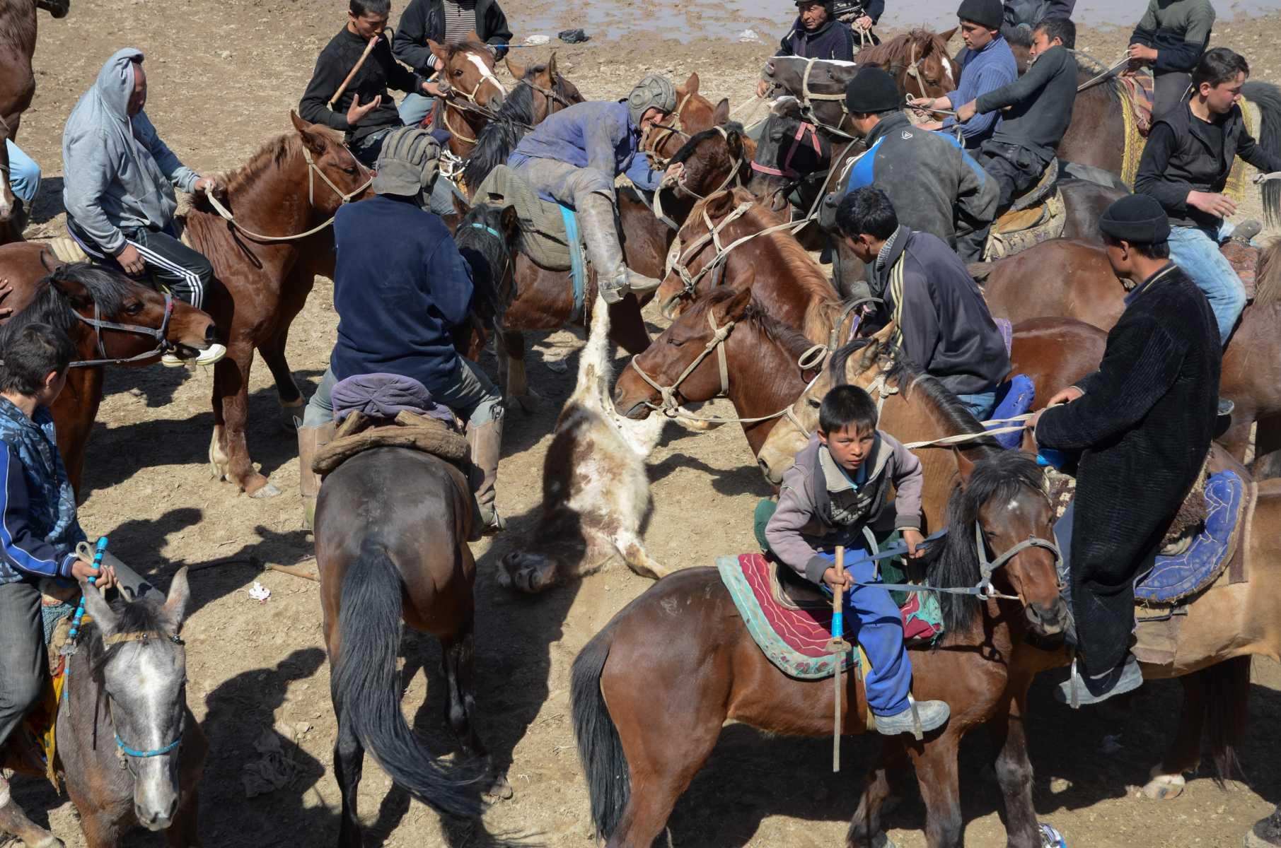 Ouzbekistan - Partie de Kupkari au village de Chirakchi