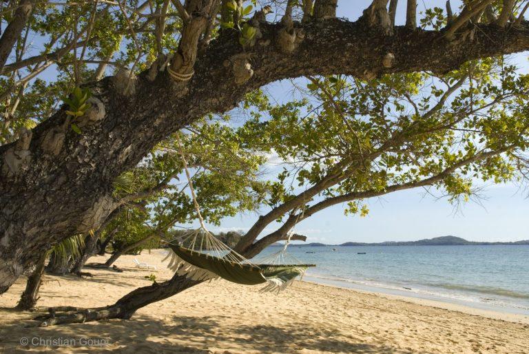 Hamac - Au bord du lagon d'Ambohiday, Nosy Be, Madagascar