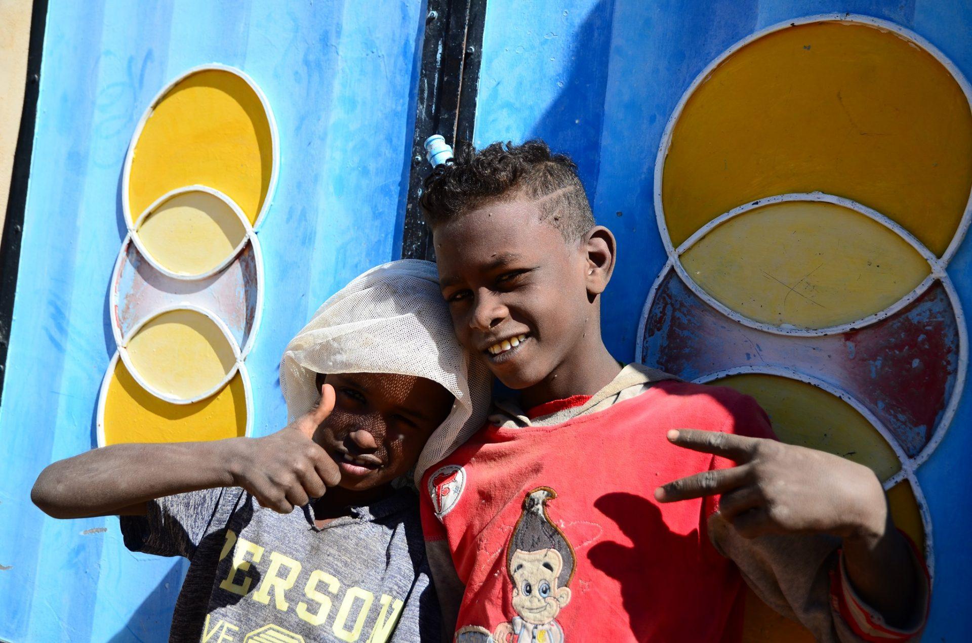 Soudan 2019. Un moment passé avec des gamins dans un village. Photo JP Noël