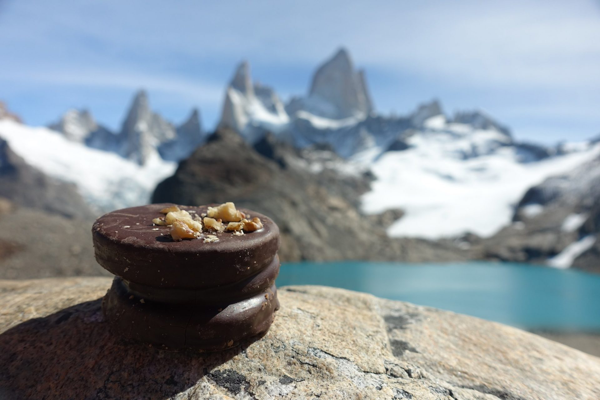 Passion vélo et gourmandise. Mont Fitzroy, Argentine. Photo Magali Mellon