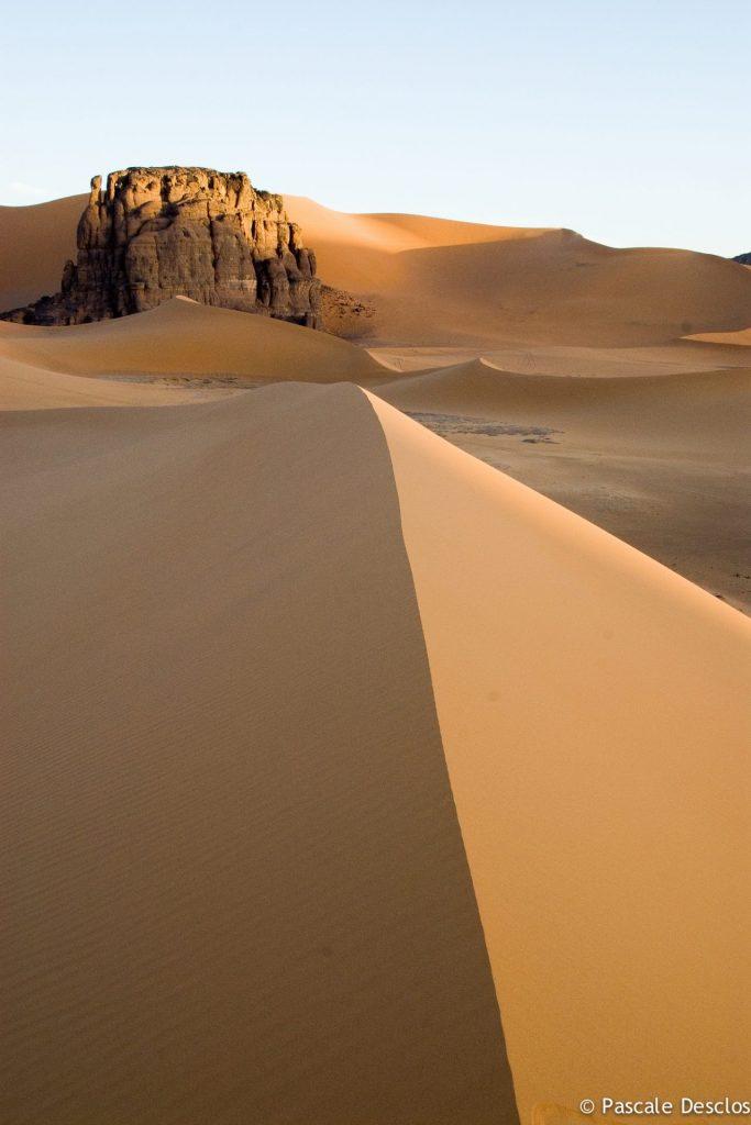 Dunes de l'Erg Admer, dans le parc national du Tassili N'Ajjer, sud Algérie
