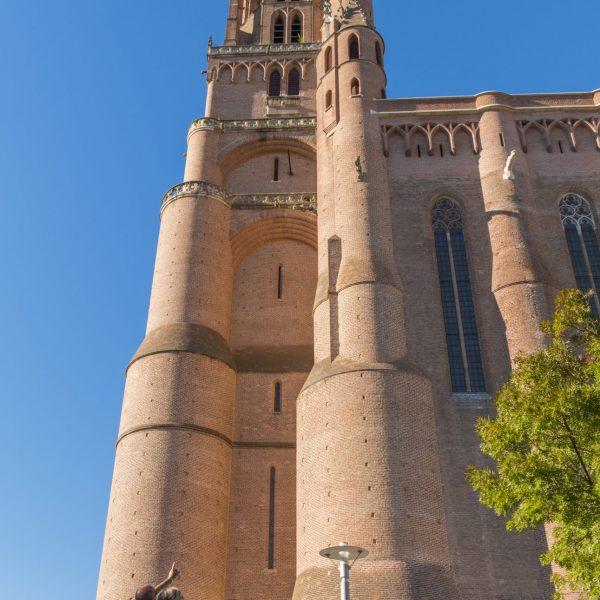 Le clocher de la cathédrale, donjon toisant à 78 mètres.