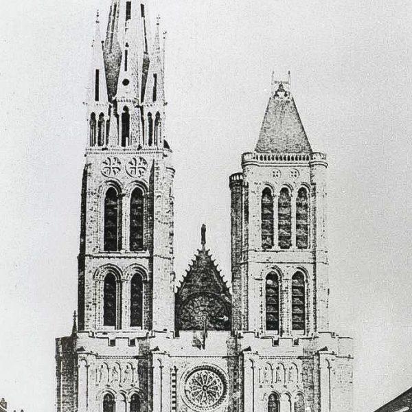 La tour nord et sa flèche, avant leur démontage au XIXe siècle.