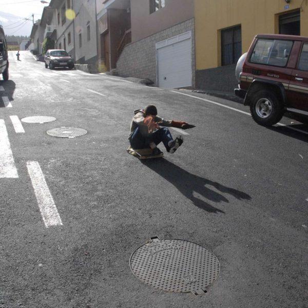 Canaries - Luge dans les rues de Icod de los Vinos.