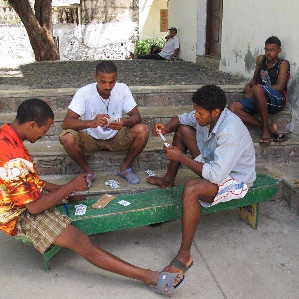 Cap-Vert - Partie de cartes à Cha de Igreja