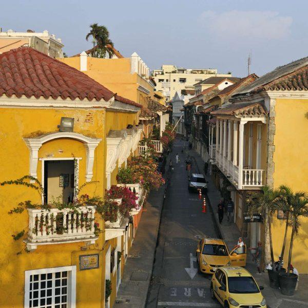 Colombie - Les façades jaunes de Carthagène.