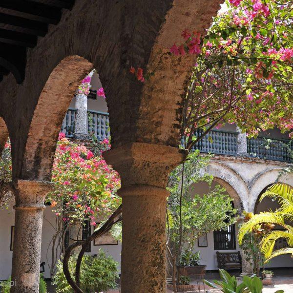 Colombie - Un des patios de Cathagène