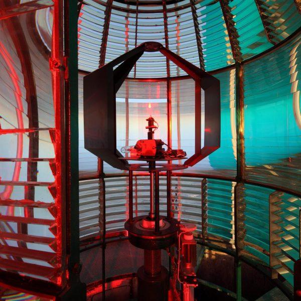Le phare est électrifié en 1949 et automatisé en 2006. Aujourd'hui, cinq groupes électrogènes alimentent les batteries qui desservent ses installations.