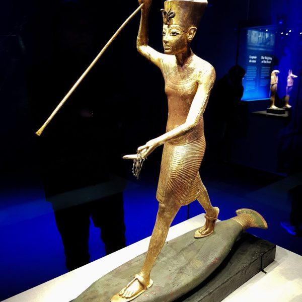 Statue de Toutankhamon harponneur