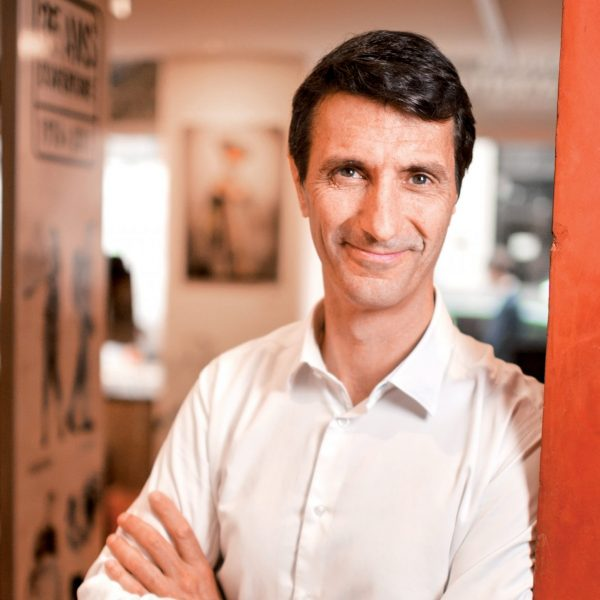 Eric Balian - Directeur Général de Terre d'aventure - Portrait interview - Bureaux de Terdav à Paris