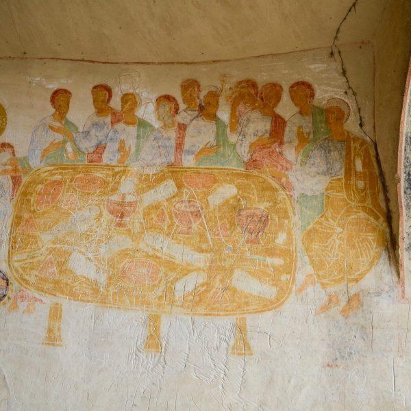 Les peintures des monastères troglodytes de David Gareji ont gardé leurs incroyables couleurs.