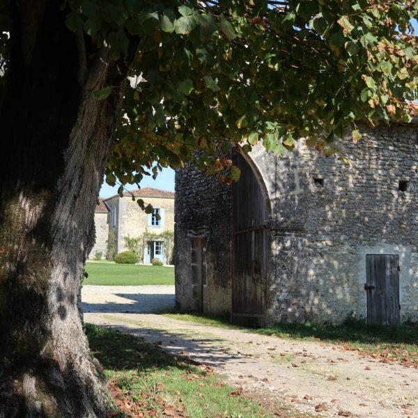 Le portail XVIe siècle du Logis