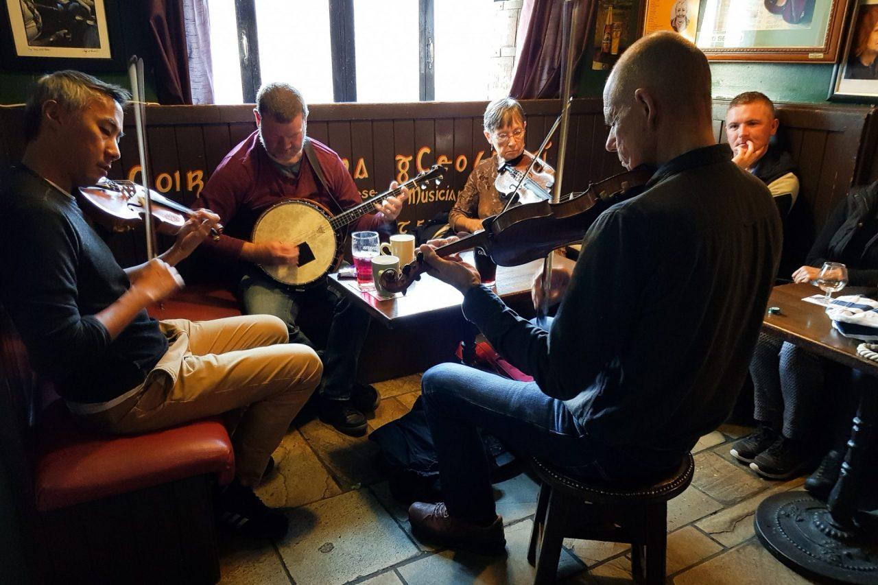 irlande-connemara-galway-pub-musiciens-3