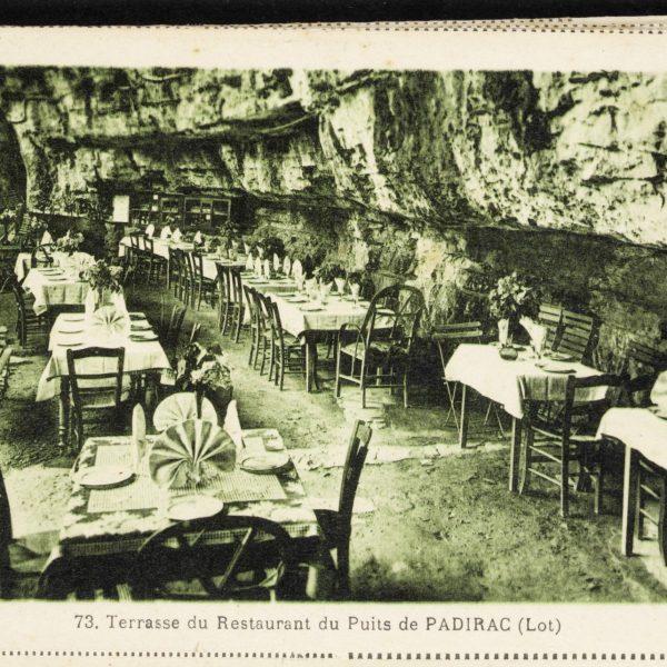 Restaurant ouvert dans le gouffre au début du siècle.
