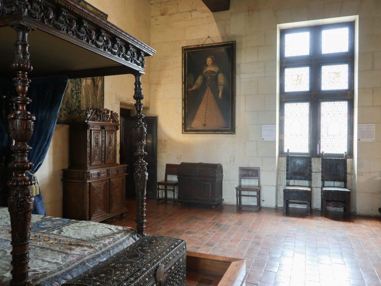 val-de-loire-domaine-chaumont-sur-loire-centre-art-et-nature-chateau-chambre-catherine-de-medicis